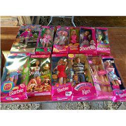 lot of 13 Barbie's