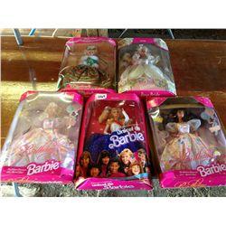 lot of 5 Barbie's