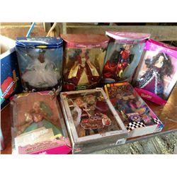 lot of 7 Barbie's