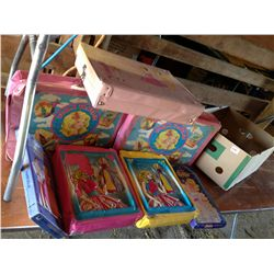 box of 7 trunks and accessories