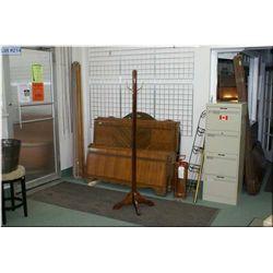 A Mission style oak coat pole