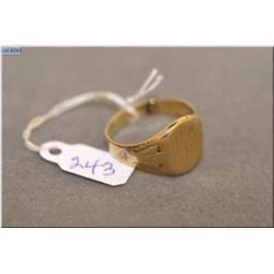 "Men's antique 10kt yellow gold signet ring inscribed ""Skipper"" on underside"