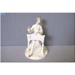 """Royal Doulton figurine """"Musicale"""" HN2756 from the Enchanted Collection"""