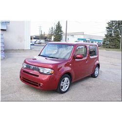 2011 Nissan Cube, 14,000km, Automatic transmission, Firecracker red, heated seats, power windows, au