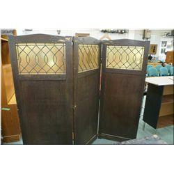 Antique triple pane quarter cut oak room divider with leaded glass panels