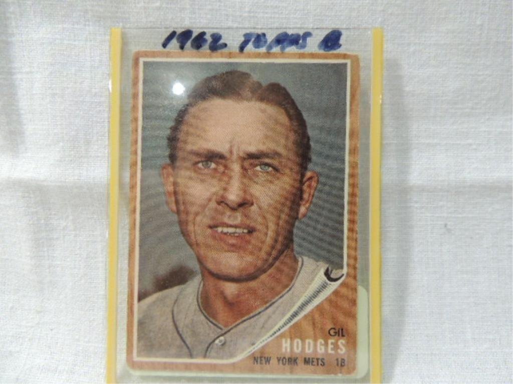 1962 Topps 85 Gil Hodges Baseball Card