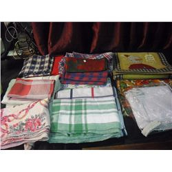 Dining Room Linens (Napkins & Table Cloths)