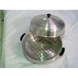 1950s Aluminum Bun Warmer