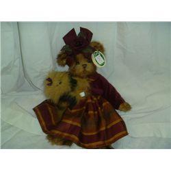 Bearington Bear Collectible Keri & Teri Bears