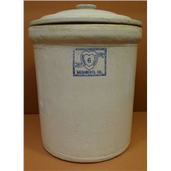 Panama Pottery, 6 gal. crock w/ lid, excellent condition!