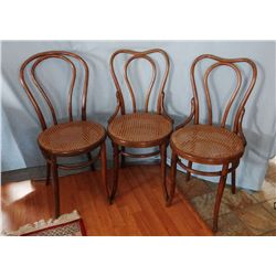 Phonet bentwood chairs w/cane seats