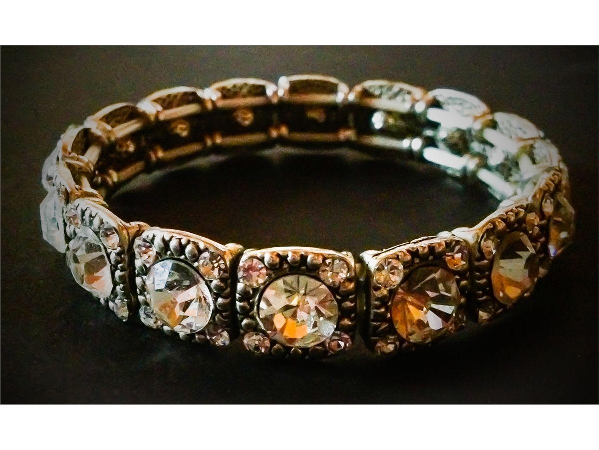 Samantha Steven S Elizabeth Montgomery Bracelet From Bewitched