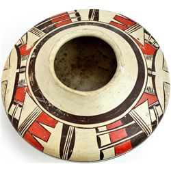 Original Hopi pot by Tewa Potter Nampeyo