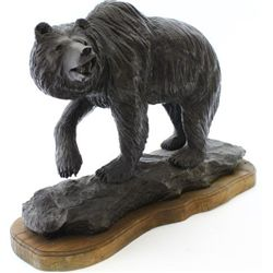Table top size bronze depicting Grizzly Bear