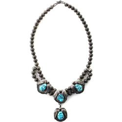 Vintage Navajo necklace in sterling silver