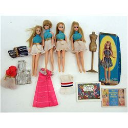 LOT OF 4 C. 1970 TOPPER DAWN DOLLS & ACCESSORIES