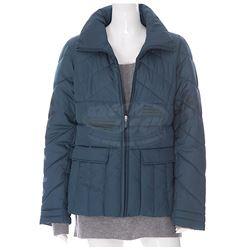 Prisoners - Nancy Birch's Sweater & Coat (Viola Davis)