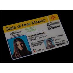 "Roswell (TV) - Liz's ""Fake"" Drivers License (Shiri Appleby)"