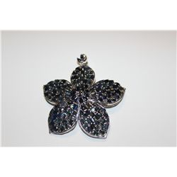 .925 STERLING SILVER FLOWER DESIGN NATURAL BLUE SAPPHIRE BROOCH-PENDANT SET WITH