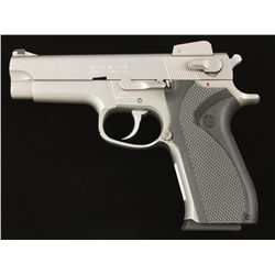 Smith & Wesson Mdl 5906 Cal 9mm SN:TVC0576