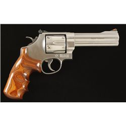 Smith & Wesson Mdl 629-6 Cal .44 Mag SN:CFM2691