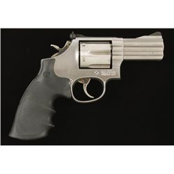 SMith & Wesson Mdl 686-4 Cal .357 Mag SN:BRL3593