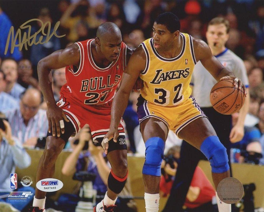a61da5c9bf0 Image 1 : Magic Johnson Signed Lakers 8x10 Photo vs. Michael Jordan (PSA  COA ...