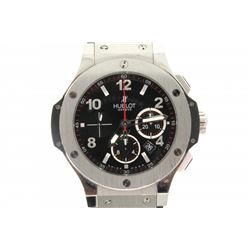 WATCH: [1] Mens st.steel & Kevlar Hublot Big Bang chronograph wristwatch; 44.2mm case; black dial w/