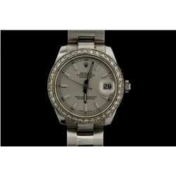WATCH: [1] Gents/Ladies stainless steel and dia Rolex Oyster Perpetual DateJust midsize wristwatch.