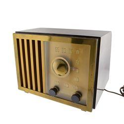 ^Vintage RCA Victor Tube Radio Golden Throat Bakelite Mod. 75-X-11 Works Art Dec.