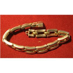 822. HEAVY link bracelet, marked 925 ITALY, small links appear to be gold weighs 40+grams