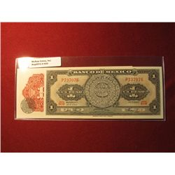 925. 2 (two) sequentially numbered series 10 May 1967 Mexico 1 Peso banknotes, both Crisp Uncirculat