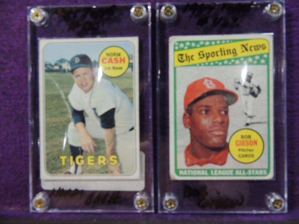 Lot 2 1969 Topps Baseball Cards Gibson Cash