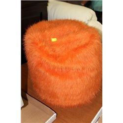 #45 SHOWHOME ORANGE FUZZY OTTOMAN
