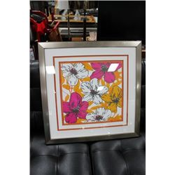 #18 SHOWHOME FRAMED FLORAL PICTURE