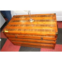 RUSTIC WOOD CHEST