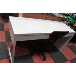 #46 SHOWHOME WHITE 2 DRAWER DESK W RED CHAIR