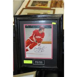 MARCEL DIONNE SIGNED 1972 TEAM CANADA