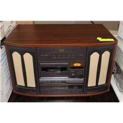 TEAC CD/CASSETTE/RECORD PLAYER, WOOD