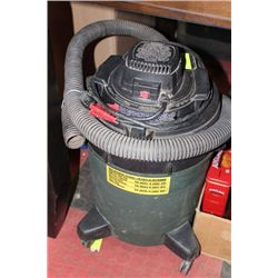 5 GALLON 1.5 HP SHOP VAC