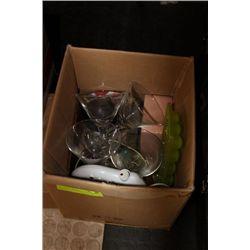 BOX OF KITCHEN GLASSWARE ETC