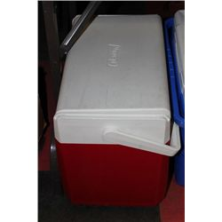 """COLEMAN FLIP-LID 18"""" COOLER W/ THERMOS - RED"""