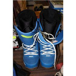THIRTYTWO BRAND SNOWBOARD BOOTS, SZ 13