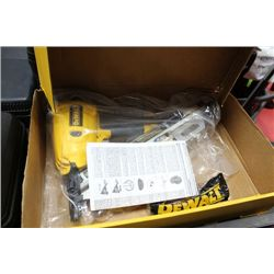 "DEWALT 3.5"" CLIPPED HEAD FRAMING NAILER"