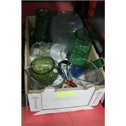BOX OF VINTAGE OF VASES, TORQUOISE PITCHERS, ETC.