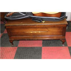WOOD CEDAR LINED CHEST