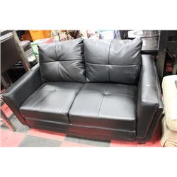 BLACK LEATHERETTE LOVE SEAT