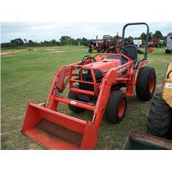 Kubota B7500DT MFWD Diesel Tractor w/ Loader Ser#:32265