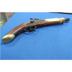 VINTAGE WOOD GUN