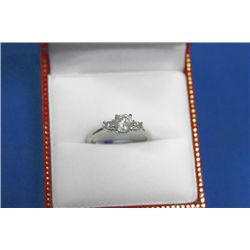 14 KT GOLD DIAMOND (0.41CTS) AND (0.1CTS) RING